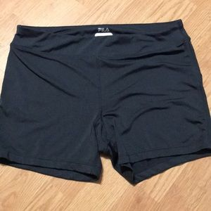 Fila Women's athletic shorts fitted size large